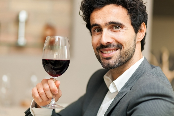 4 Things You Can Learn From a Wine Connoisseur